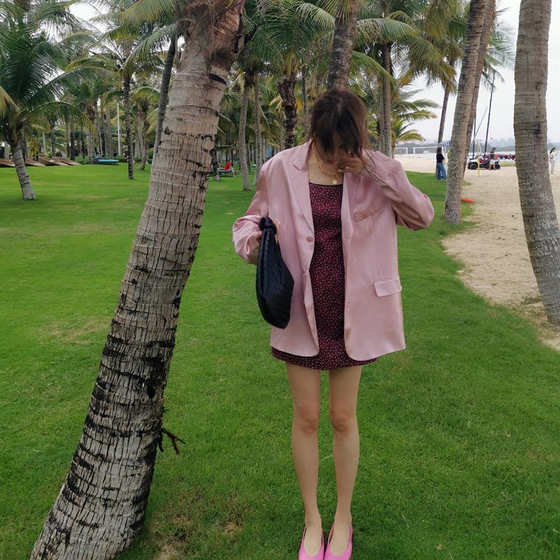 【清仓打折,2件包邮】颜色太美!人鱼姬珠光粉色 缎面西装外套