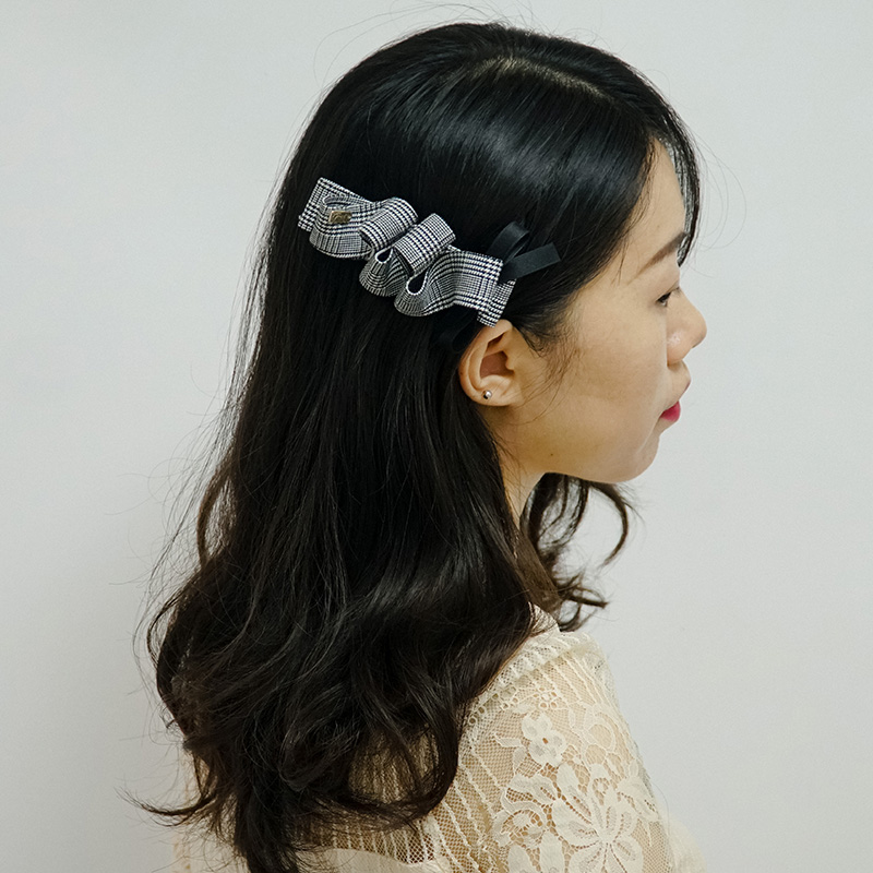 Original retro Plaid ribbon large one character clip anime style black and white check Thousand Island lattice ribbon side clip hairpin