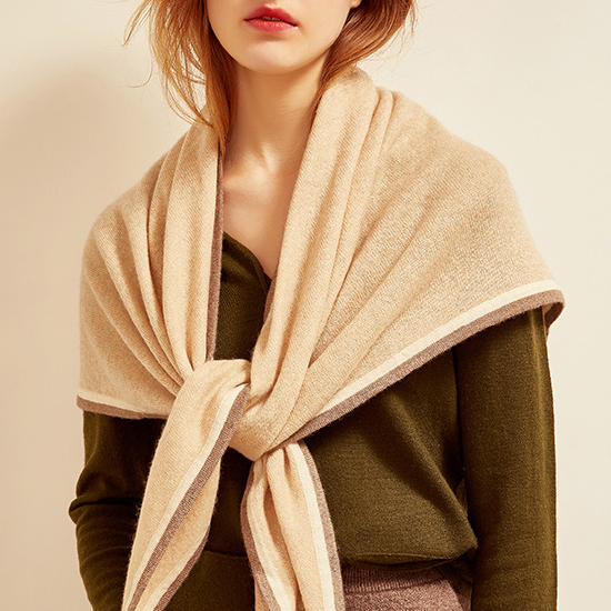 New scarf womens autumn and winter fashion versatile British cashmere knitted rice brown triangle scarf warm shawl