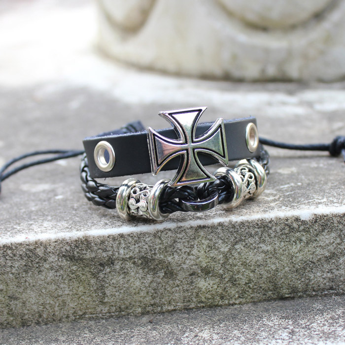 Trendy leather bracelet bracelet GD Kwong Chih Loon the same retro Gothic Croce hand woven double layer rope for men and women