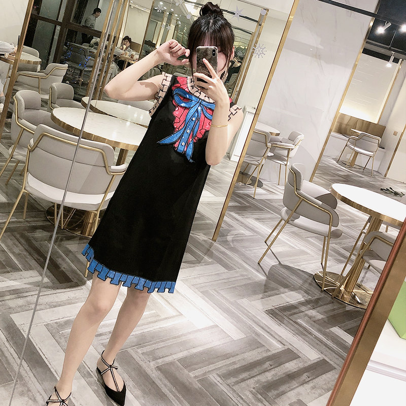 2020 new Korean fashion small fragrance Sequin lace round neck vest sleeveless dress womens bow skirt
