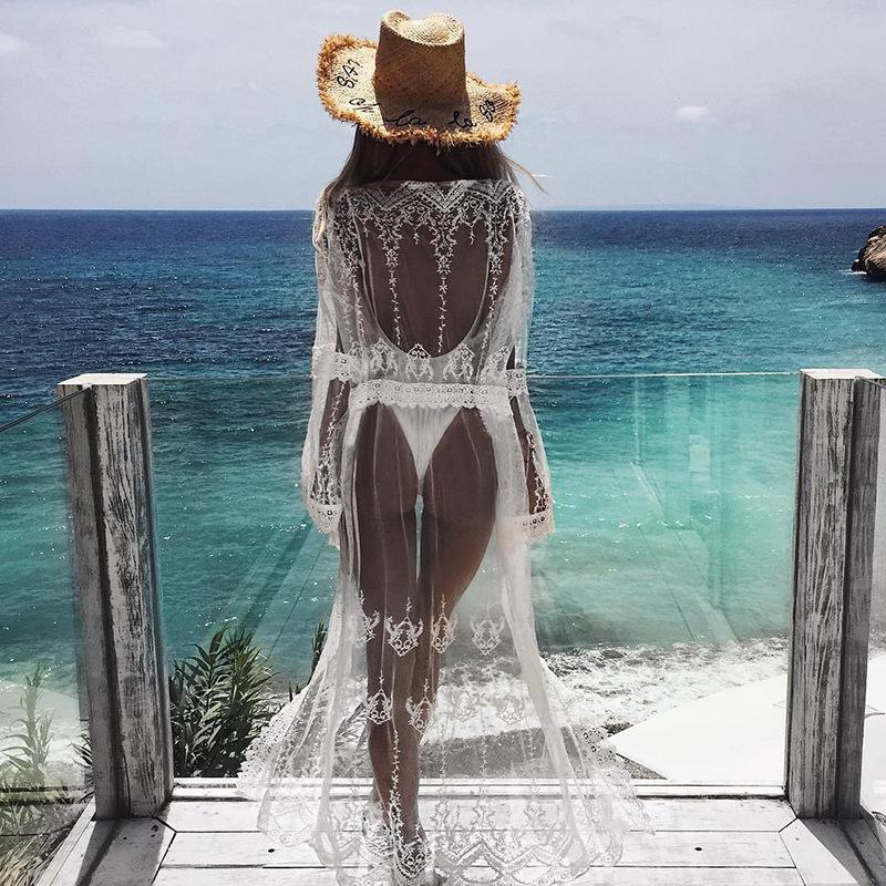 2020夏のビーチ休暇新品欧米カジュアルな植絨の長いビーチレースのシースルー日焼け止めカバー