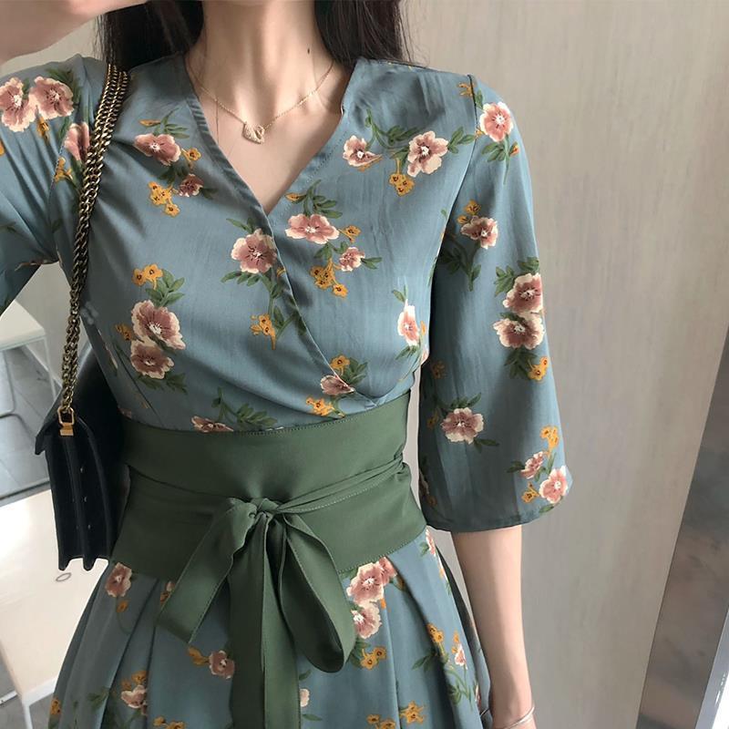 新款女夏日式风连衣裙高腰小个子初恋宽松大码复古捆绑腰带裙子