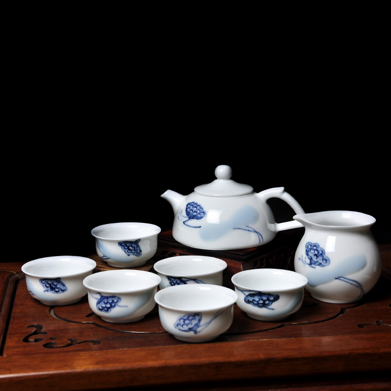 Zhushan painting academy hand painted 8 kungfu tea sets, blue and white ceramic cover bowl, fair cup, tea cup, lotus seed