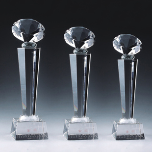 crystal trophy (hexagonal diamond column) Professional custom business gifts can be typeset lettering + LOGO Chih ink