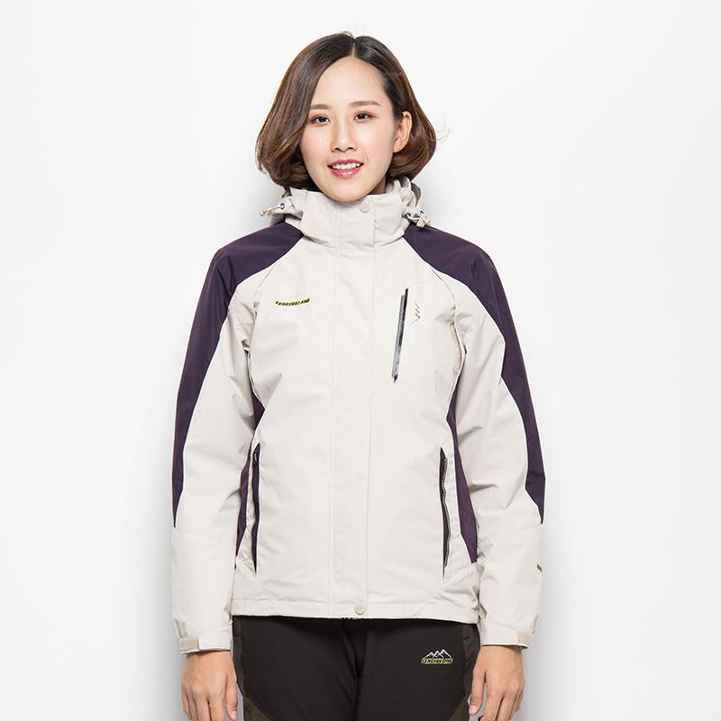 户外冲锋衣女三合一两件套秋冬季中老年加大码外套加厚西藏登山服