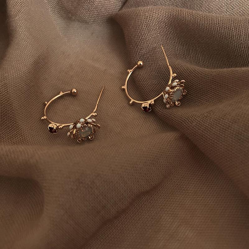 2 26有朵花儿韩国设计感镶钻花瓣耳钉撞色半圆几何耳圈网红耳环女