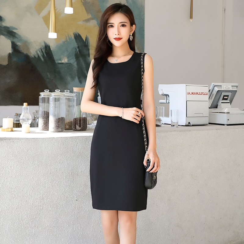 Spring and autumn 2020 new plus size womens slim bottomed vest skirt black temperament small black skirt sleeveless dress