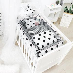 A类bb床中床便携式婴儿床全方位可拆卸床仿子宫幼儿床两三件套
