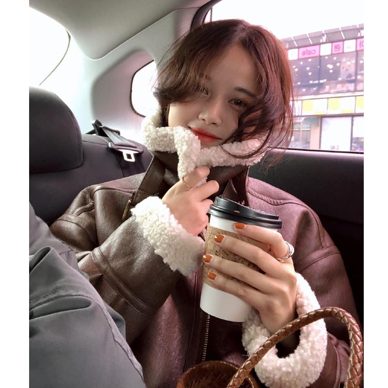 HEYGIRL黑哥 羊羔毛加绒小外套女 chic短款机车皮衣2018冬季新款