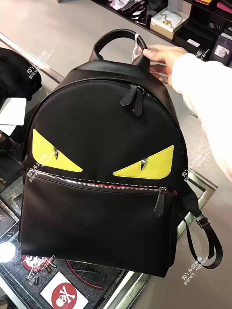 法国代购 FENDI芬迪 黑色 黄眼睛 小怪兽 男包双肩背包