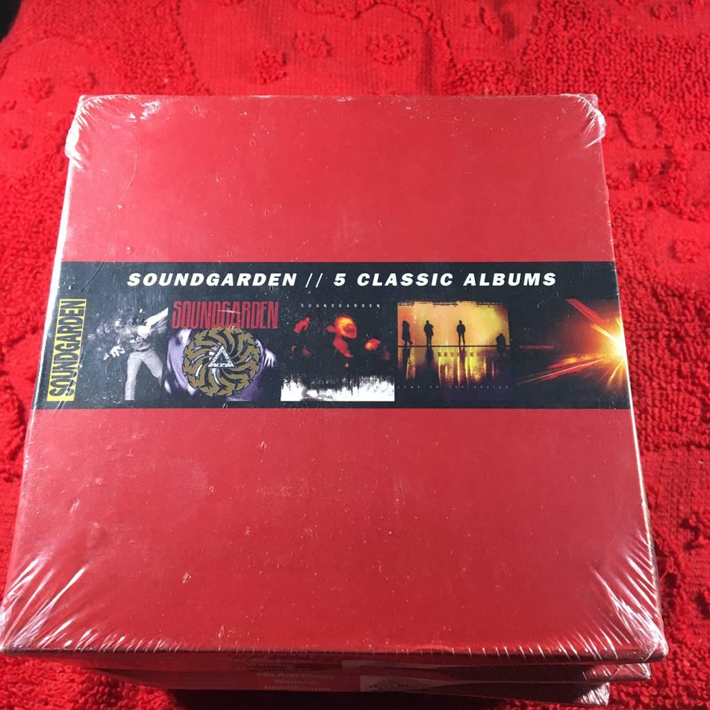 Версия сша Незарегистрированный C32389 Soundgarden 5 Classic Albums 5cd