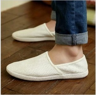 New style breathable canvas lazy shoes fashion mens beans Korean British casual low top shoes fashion mens shoes