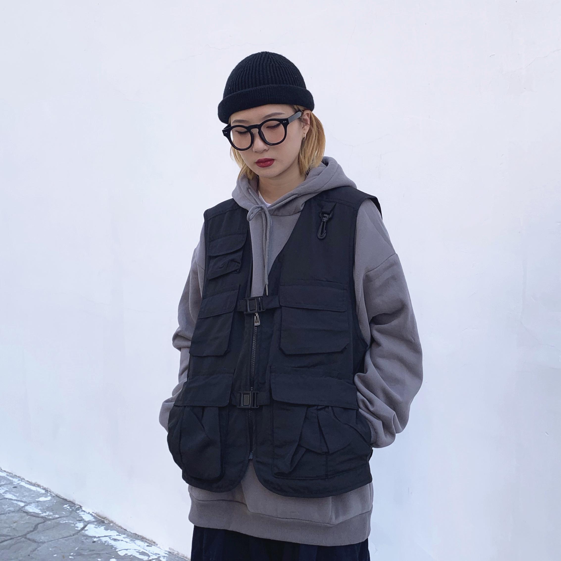 WHOOPSHOP FOLIECITY 19SS 战术男女潮牌多功能口袋工装马甲