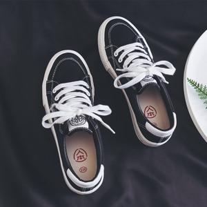 人本2021新款帆布鞋女板鞋百搭小白鞋女鞋休闲黑色韩版学生球鞋子