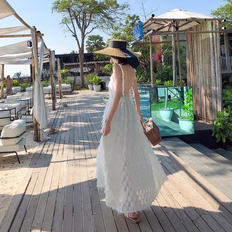 12月01日最新优惠白色沙滩裙女海边长裙度假超仙2019春季新款巴厘岛性感露背连衣裙