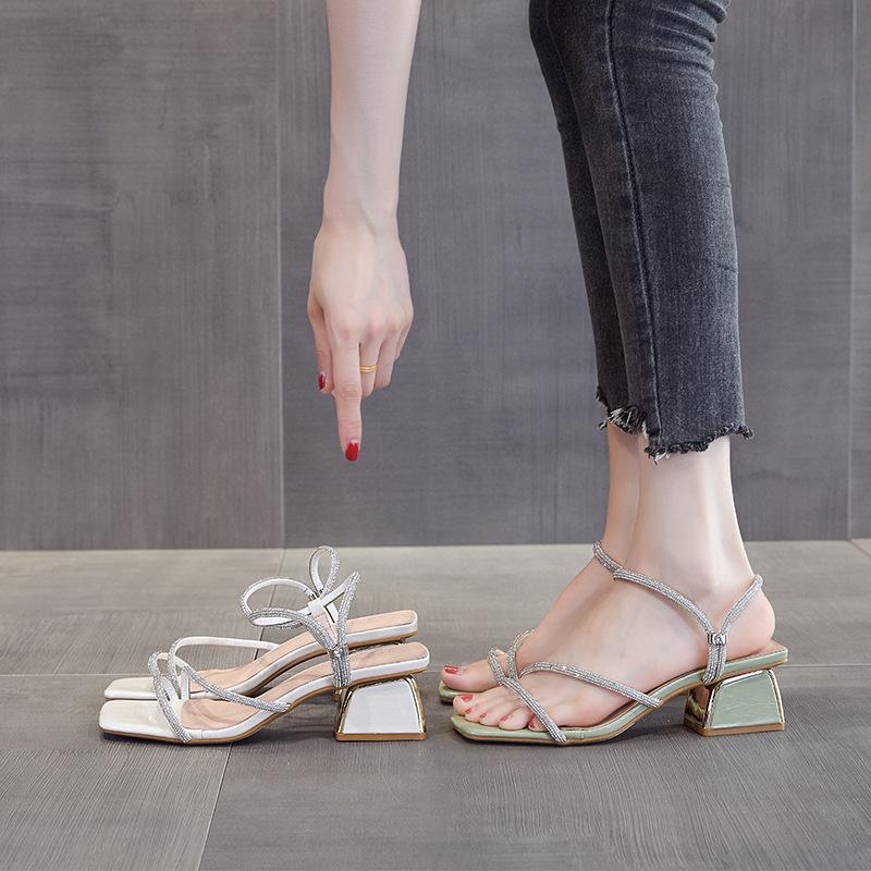 女鞋41一43码夏季新款鞋子时尚水钻一字带仙女风GZ6671-11