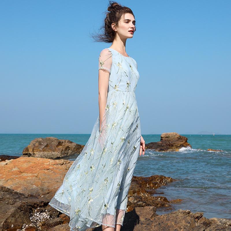 花中央2018夏季新款长裙欧美网纱刺绣大摆裙短袖连衣裙气质沙滩裙