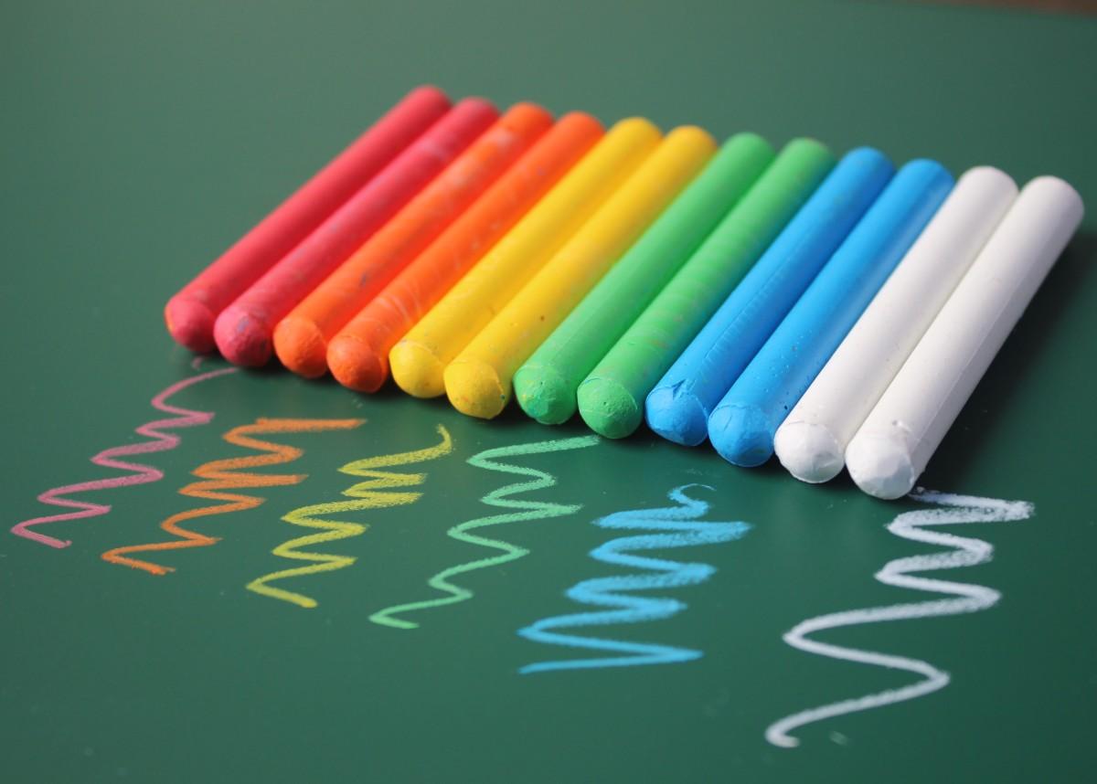 环保彩色粉笔无尘无毒儿童宝宝教师教学黑板报画白黄红色盒装20只