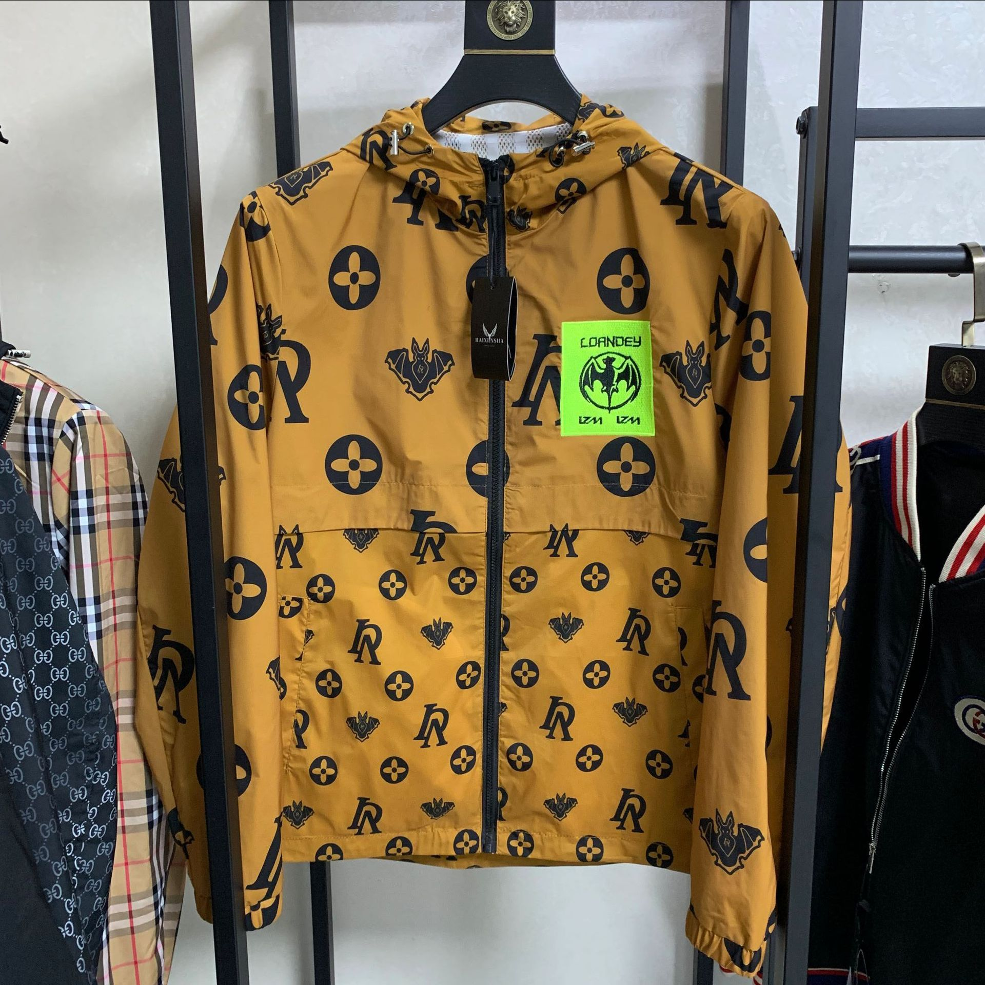 European station coat 2020 spring new jacket mens fashion cool trend casual hooded fashion brand printed European thin goods