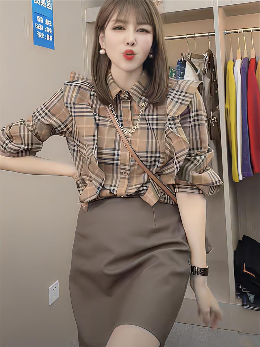 Autumn temperament lotus leaf shirt French slim womens European goods retro loose Plaid new edge top long sleeve fashion