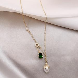 2019夏季新款高级感天然珍珠绿宝石气质时尚优雅锁骨链项链女