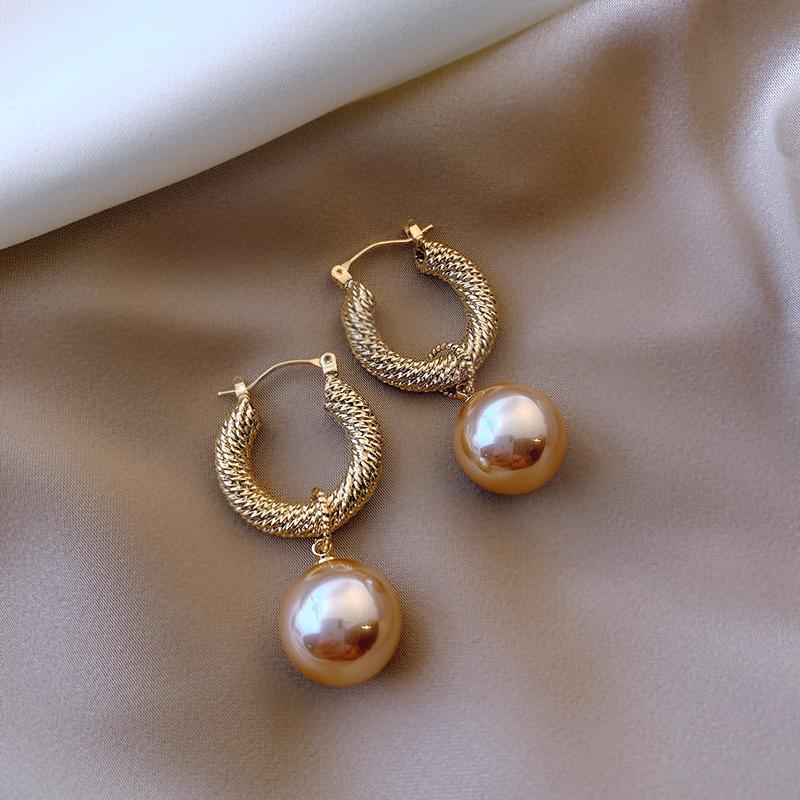 时尚精致设计师款超闪法式复古金属耳圈珍珠耳饰港风耳环女耳圈