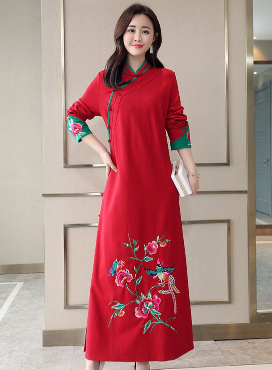 Autumn winter retro standing collar button embroidered dress with side slit skirt black / red if0980