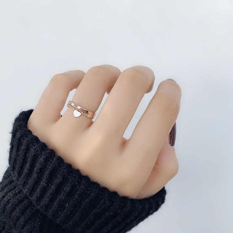 Japanese and Korean Chaorens personality simple love ring female opening forefinger ring titanium steel 18k rose gold tail ring student ins