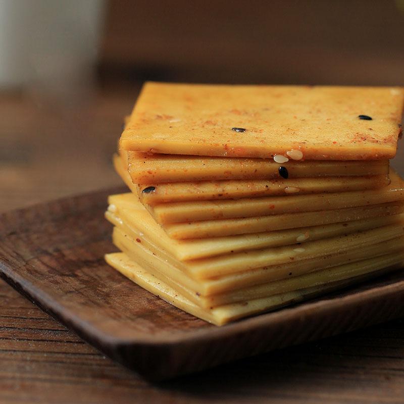 酒狐长汀豆腐干五香麻辣休闲零食辣条小包装素肉小吃