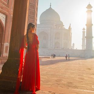 理想三旬旅行女裝沙漠旅遊度假無袖民族風連衣裙紅色雪紡復古長裙