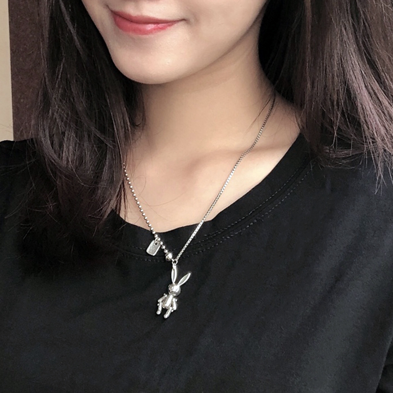 Korean version of INS clavicle chain female hip hop Tuku Chaoren Rabbit Necklace net red simple personality pendant accessories