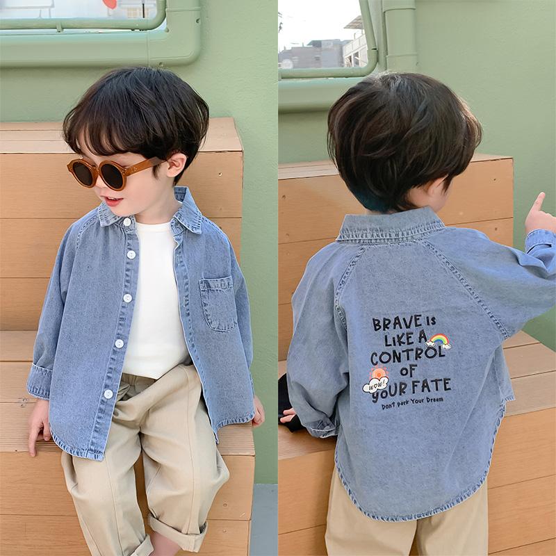 棉小班男童牛仔衬衫2020春季新款儿童字母浅色上衣宝宝翻领衬衣潮