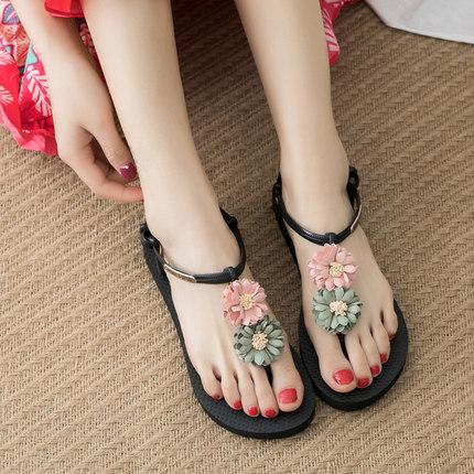 花朵凉鞋女夏平跟2018新款波西米亚民族风平底百搭度假海边沙滩鞋