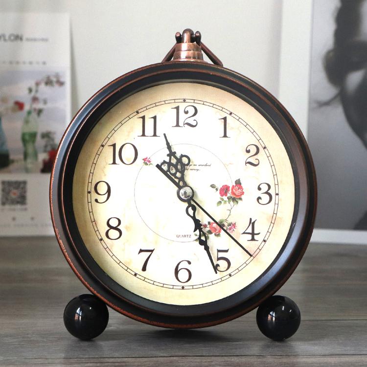 欧式复古学生用小闹钟创意床头钟表摆件静音家用座钟简约台钟时 Изображение 1