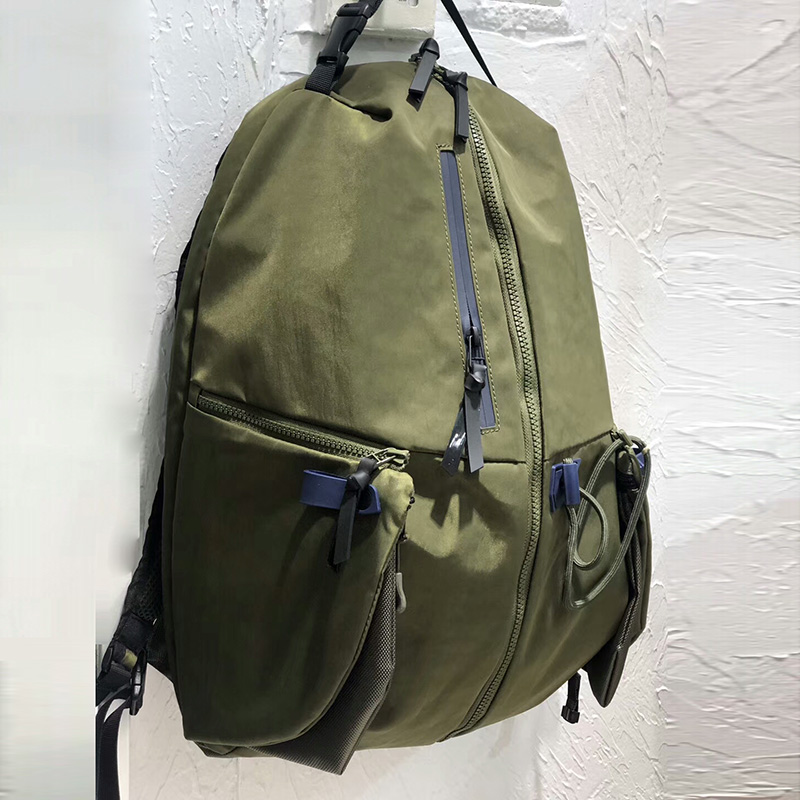 Backpack mens backpack Korean literature and art fashion trend travel bag leisure fashion bag canvas new mens and womens Retro