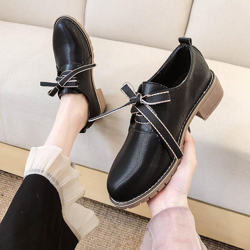 黑色小皮鞋女英伦风什么牌子好