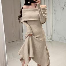 韩国chic法式小众秋冬气质优雅一字领修身不规则针织毛衣连衣裙女