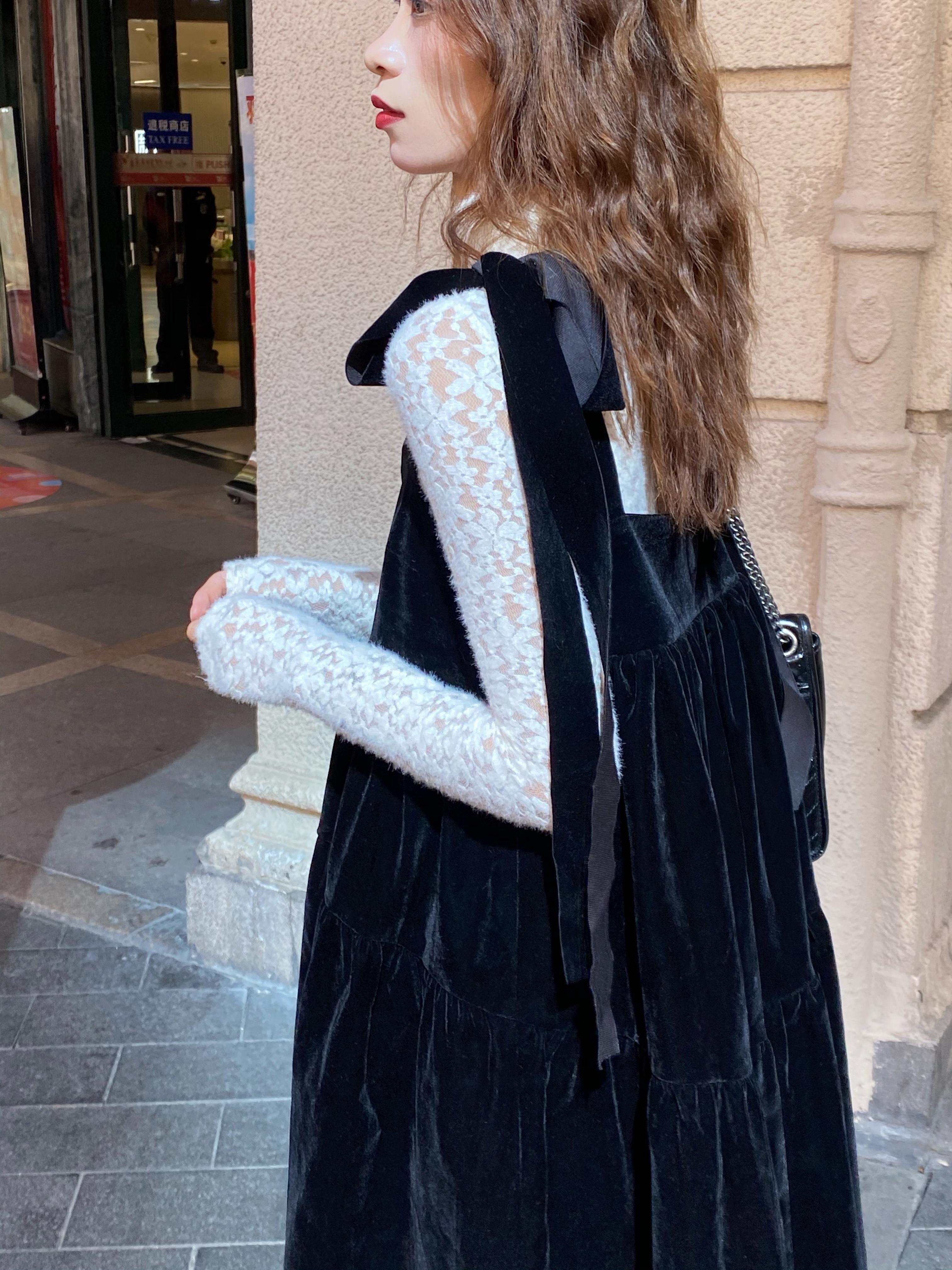 我在外面有猫 复古丝绒蝴蝶结绑带娃娃裙可爱蓬蓬黑色连衣裙