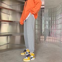 灰色宽松束脚直筒秋冬季显瘦运动裤