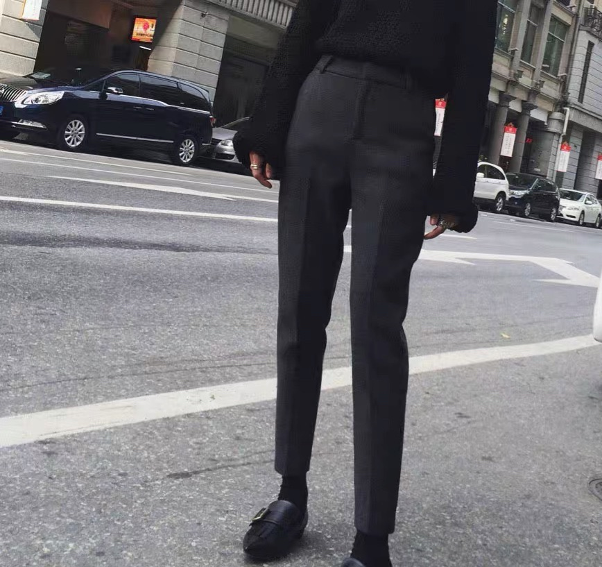Autumn and winter 2021 Korean version of high waist thickened woolen trousers female slim slim small feet nine point tapered pants female smoke tube pants