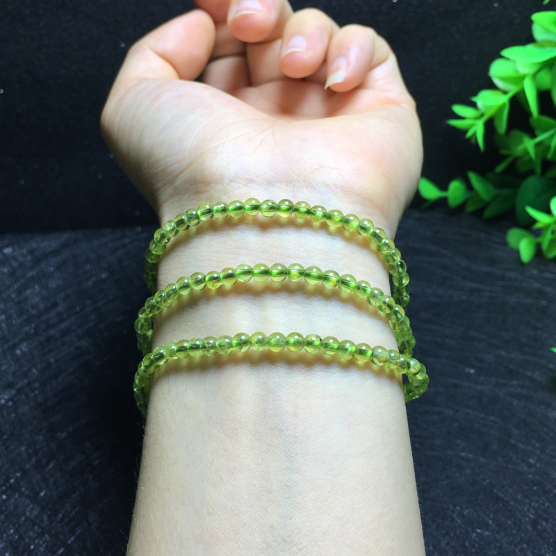 Natural 3.5mm olivine multi circle multi-layer crystal bracelet, a gem of the sun, a symbol of friendship and peace