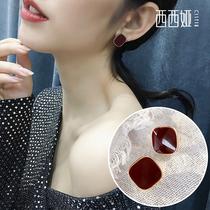 红色喜庆耳饰简约女气质耳钉2019新款潮新年主题耳环适合过年