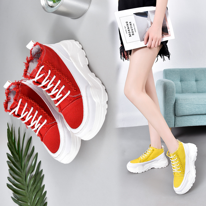 Low top canvas shoes female students Korean version versatile summer breathable new muffin bottom womens high fashion casual womens single shoes