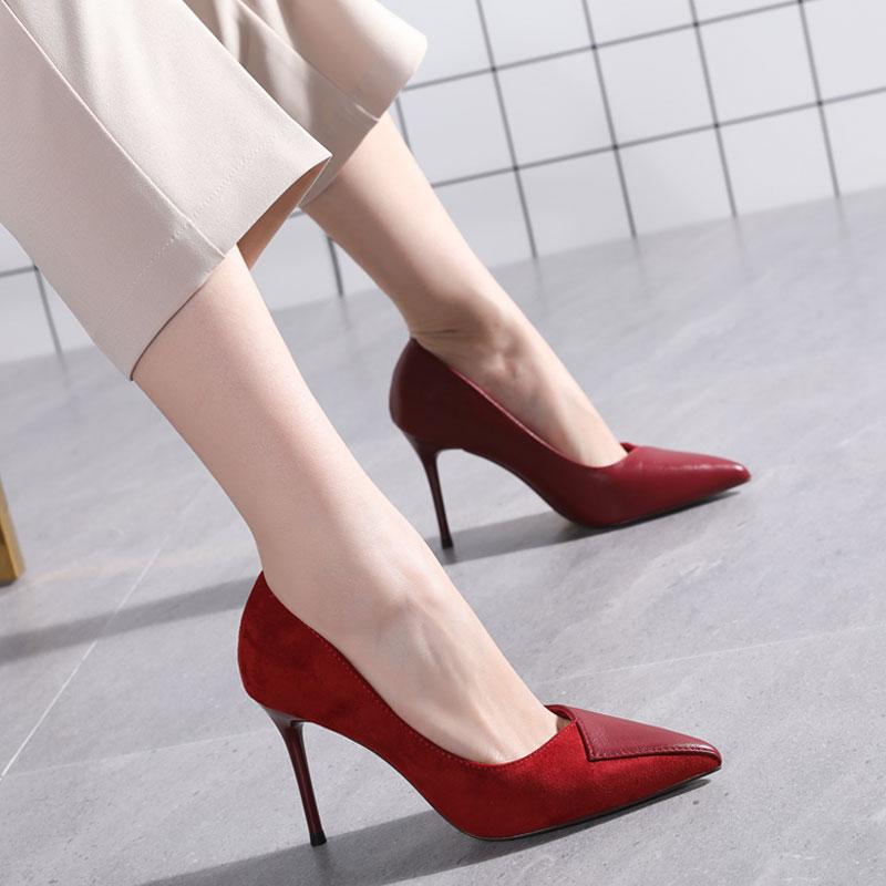 红色婚鞋女2020新款春秋拼接浅口尖头单鞋细跟性感少女高跟鞋百搭