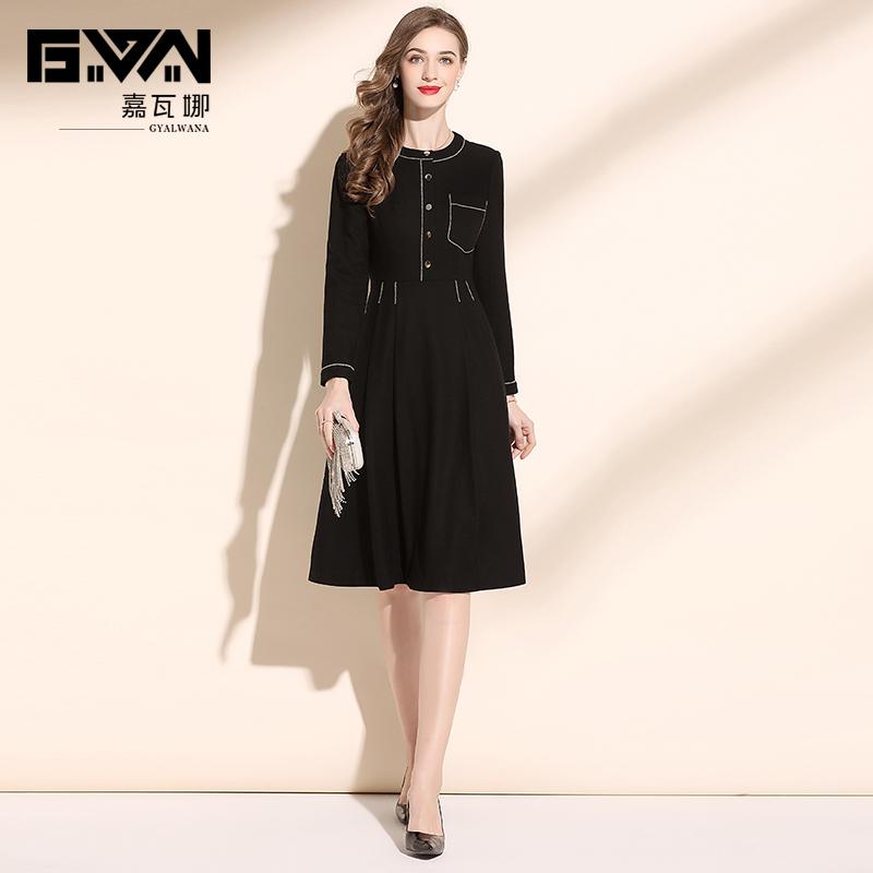 秋冬款女装2020年新款时尚显瘦黑色毛呢连衣裙中长款冬装打底裙女