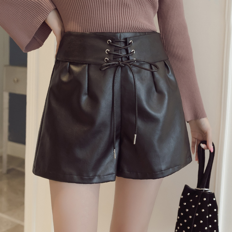Black PU leather pants shorts womens high waisted slim wide leg pants autumn / winter 2019 A-string versatile casual leather boots pants