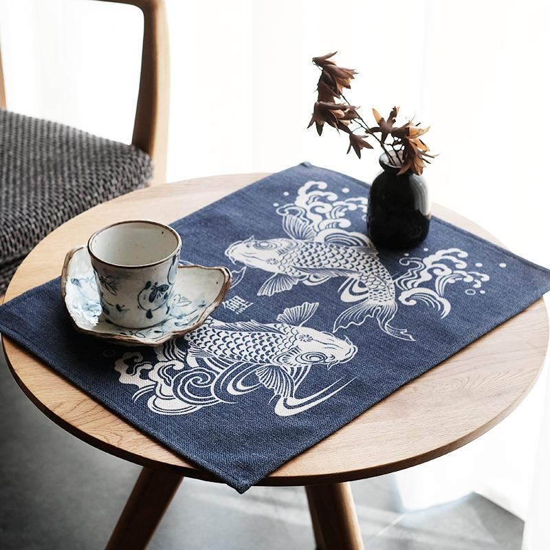 原创棉麻日式餐垫桌布双鱼锦鲤隔热垫防滑垫餐桌垫茶几垫床头柜垫