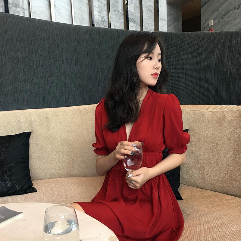 初恋裙子夏装2018新款韩版学生ins气质高腰显瘦连衣裙红裙少女裙