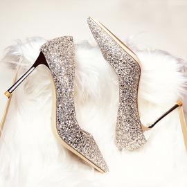 婚鞋女2020新款秋季结婚尖头细跟高跟水晶鞋伴娘新娘银色亮片女鞋
